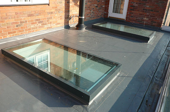 Residential flush glaze monopitch rooflight
